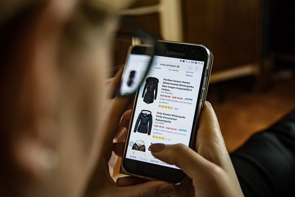 "WooCommerce Trends ""width ="" 960 ""height ="" 640 ""srcset ="" https://webypress.fr/wp-content/uploads/2019/06/Les-tendances-les-plus-interessantes-de-WooCommerce-2019.jpg 960w, https://cdn.learnwoo.com /wp-content/uploads/2019/06/mobile_shopping-300x200.jpg 300w, https://cdn.learnwoo.com/wp-content/uploads/2019/06/mobile_shopping-768x512.jpg 768w, https: // cdn .learnwoo.com / wp-content / uploads / 2019/06 / mobile_shopping-696x464.jpg 696w, https://cdn.learnwoo.com/wp-content/uploads/2019/06/mobile_shopping-630x420.jpg 630w ""tailles = ""(largeur maximale: 960px) 100vw, 960px"